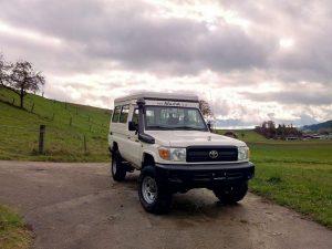 AluCab Hubdach Toyota Hzj_6